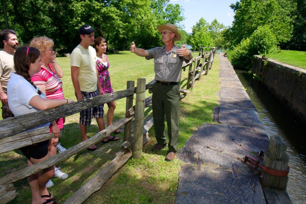 Virginia, Blue Ridge Parkway, James River Visitor Center, Canal Lock Walk,