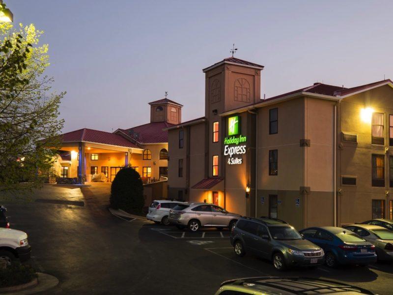 Holiday Inn Express & Suites, Waynesboro
