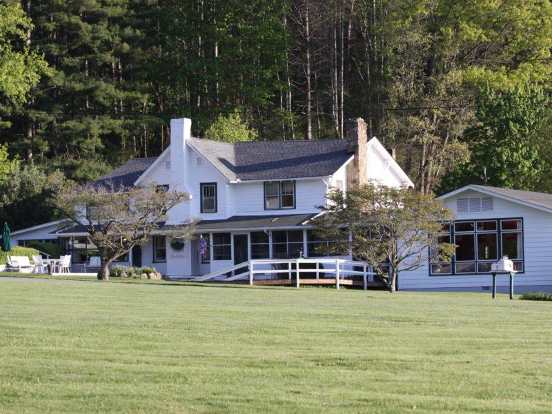 Pisgah View Ranch exterior