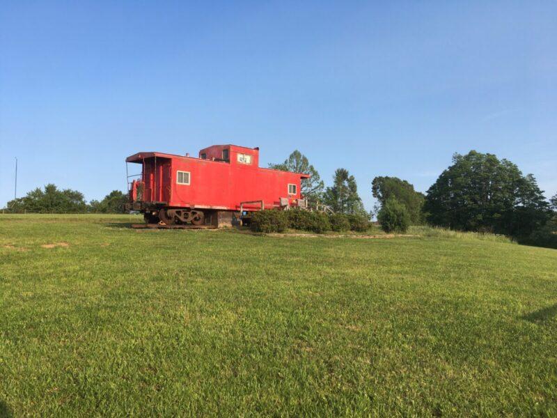 Grassy Creek Cabooses train car rentals