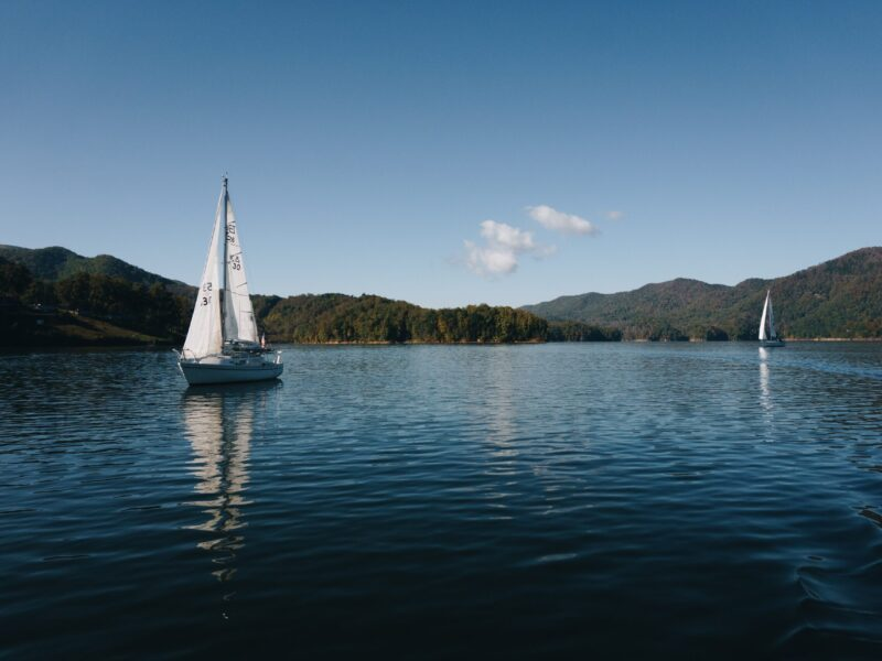 Sailing on Watauga Lake