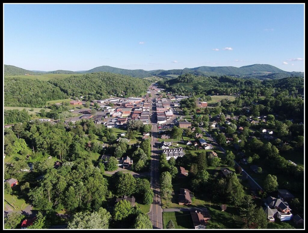 Overview of downtown West Jefferson